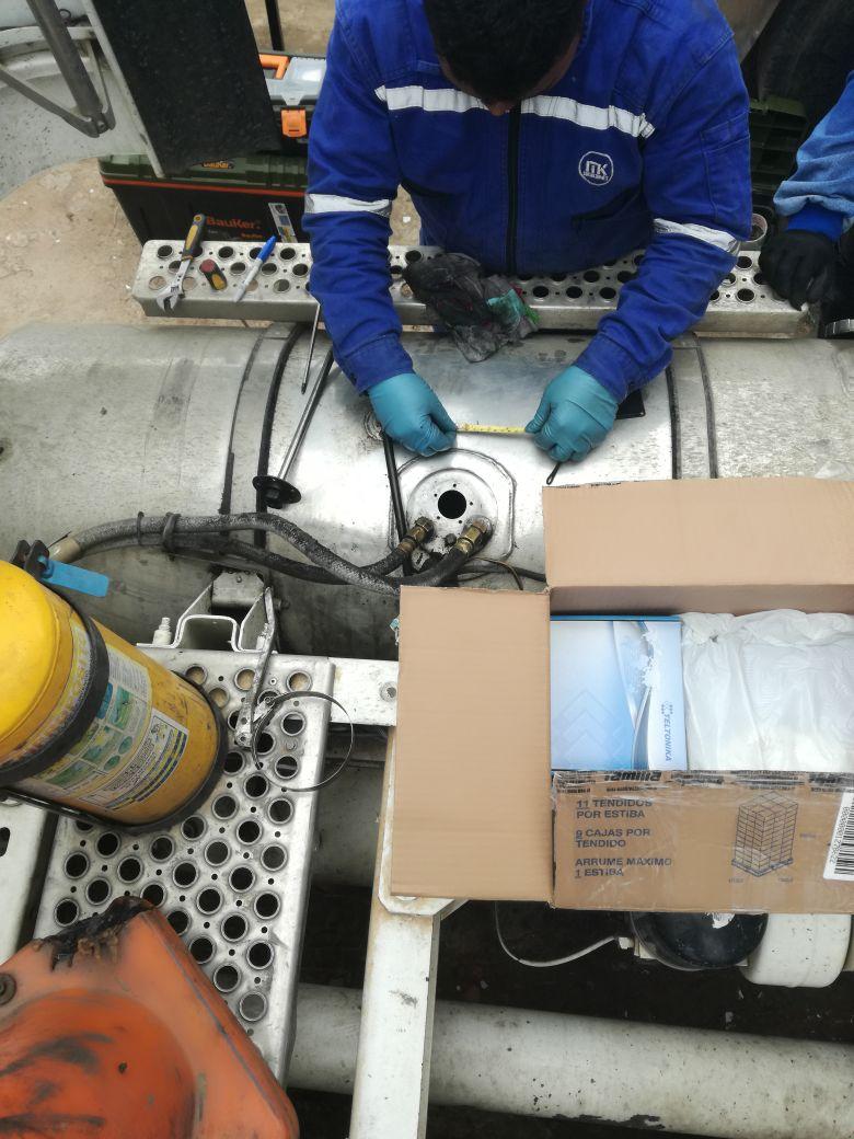 instalación de control de combustible en tractomulas